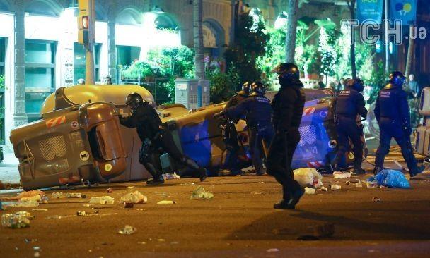 Встолкновениях получили травмы неменее 90 человек