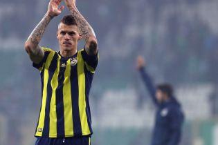 Словацький футболіст врятував життя партнеру по команді, у якого запав язик під час матчу