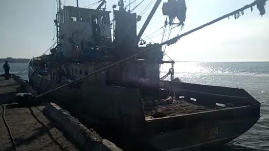 ФСБ відкрила кримінальну справу за затримання Україною кримського судна в Азовському морі