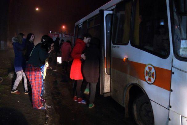 В Хмельницком в общежитии колледжа среди ночи вспыхнул пожар