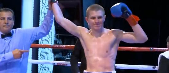 Непереможний український боксер увосьме поспіль виграв бій нокаутом
