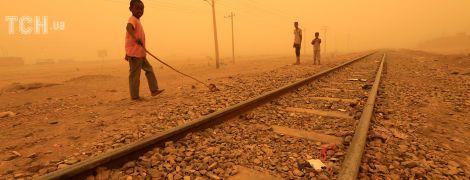 Судан накрыла масштабная песчаная буря. Reuters обнародовало удивительные фото