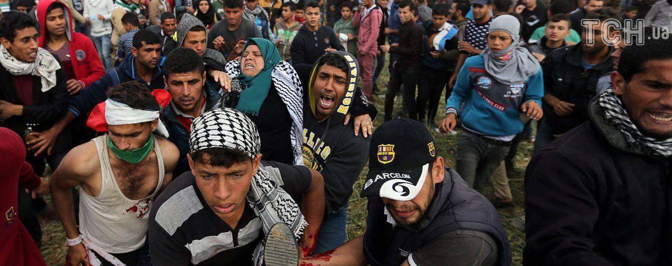В секторе Газа пострадало более тысячи человек в результате столкновения между палестинцами и израильтянами