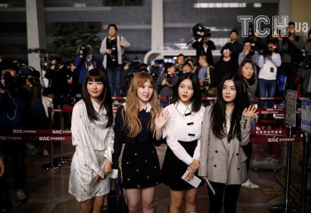 У КНДР вперше за понад 10 років виступили поп-музиканти з Південної Кореї