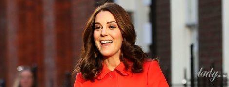 Уже рожает: герцогиня Кембриджская доставлена в госпиталь Святой Марии в Лондоне
