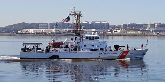 ВМС України завершують опрацювання контракту на отримання двох патрульних катерів із США