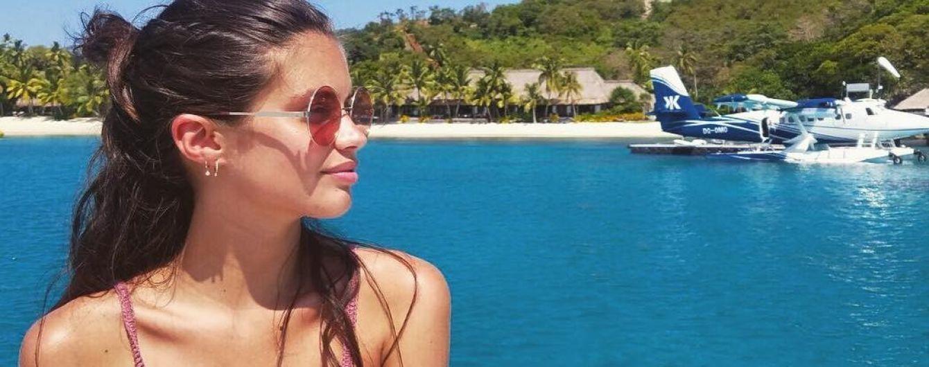 Красивая и естественная: Сара Сампайо в бикини поделилась новым снимком из отпуска