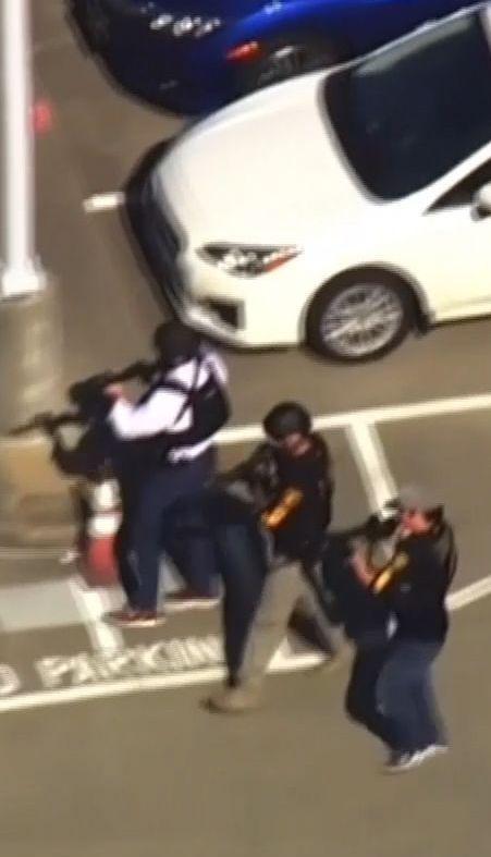Женщина устроила стрельбу возле штаб-квартиры YouTube