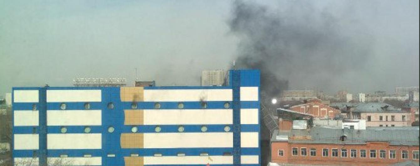 В Москве загорелся детский ТЦ. Есть пострадавшие