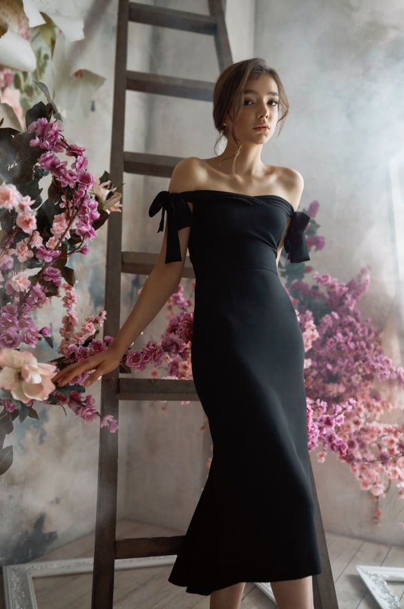 Новая коллекция платьев от бренда Herstory_1