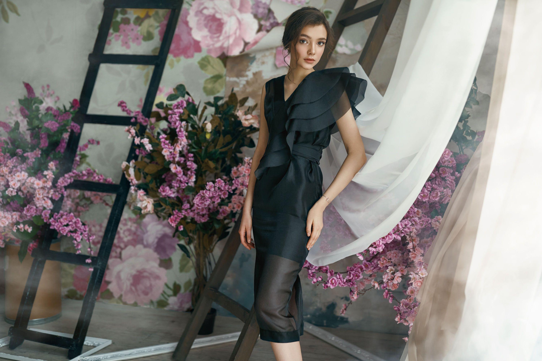 Новая коллекция платьев от бренда Herstory_3