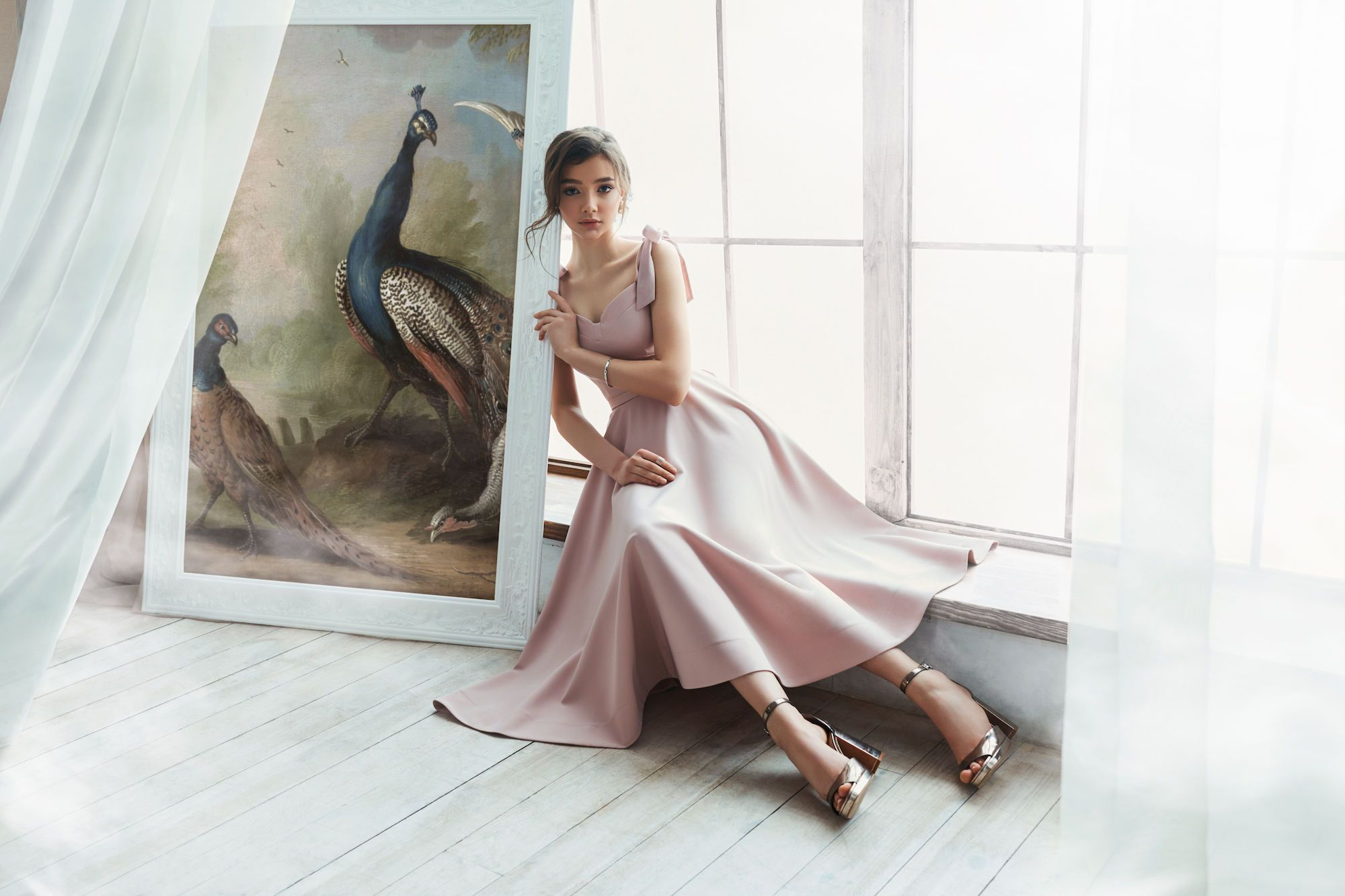 Новая коллекция платьев от бренда Herstory_4