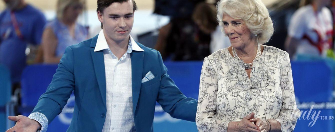 Новый выход в свет: 70-летняя герцогиня Корнуольская продемонстрировала красивый весенний образ