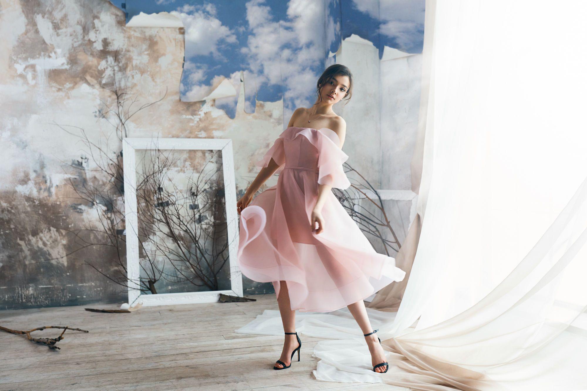 Новая коллекция платьев от бренда Herstory_5