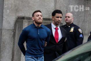 Макгрегор согласился сотрудничать с полицией после нападения на автобус с бойцами UFC