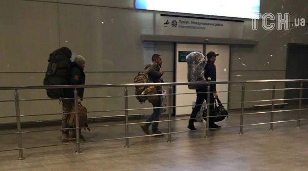 Російські найманці літають до Сирії таємними нічними рейсами - Reuters
