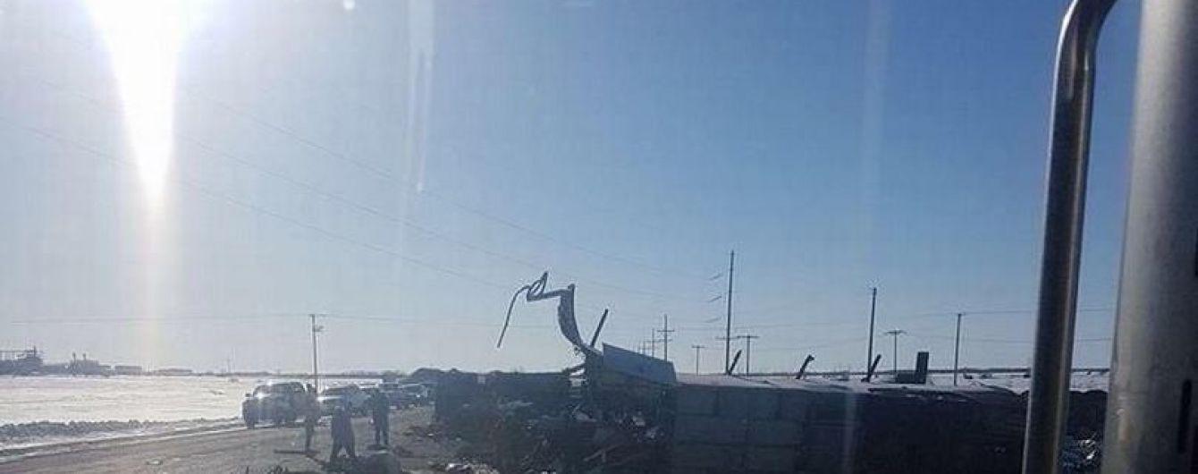У ДТП з автобусом хокейної команди в Канаді загинули 14 людей