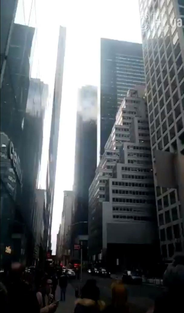 В Нью-Йорке вспыхнул пожар в небоскребе Trump Tower, есть травмированный