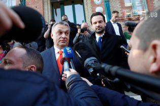 В Венгрии стартовали парламентские выборы: партии Орбана пророчат победу