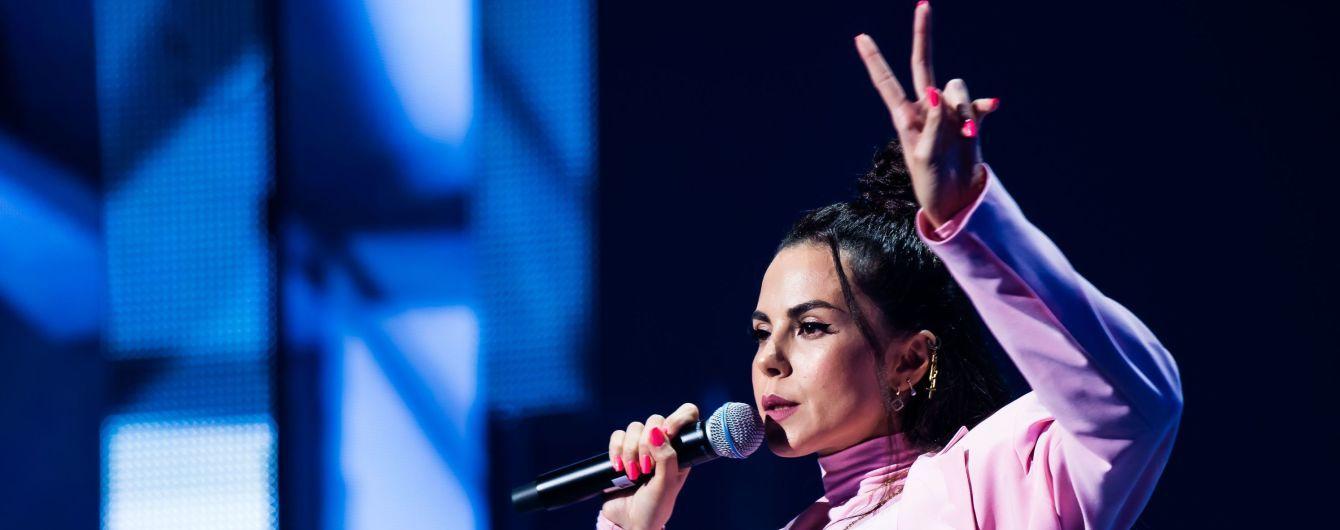 У Мережі з'явилася перша українськомовна пісня Насті Каменських