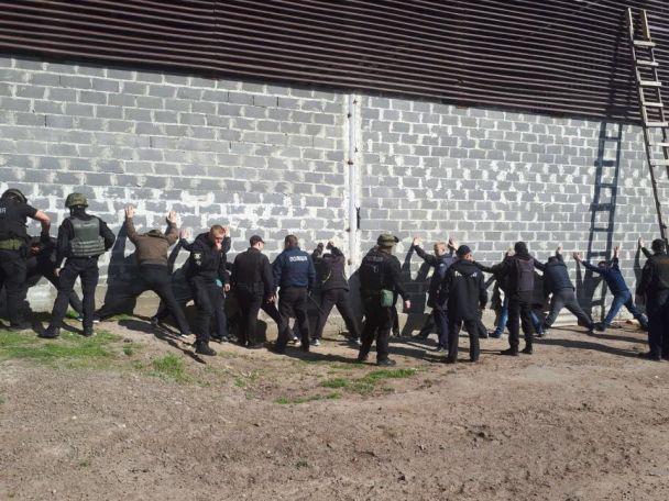 На Черкащині півсотні рейдерів намагалися захопити підприємство