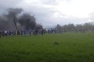 В Алжире разбился самолет, на борту которого было 200 военных