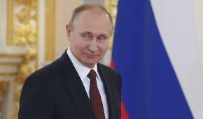 """Путін підписав закон про блокування сайтів з інформацією, що """"паплюжить честь і гідність"""""""