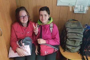 Девочек, которых разыскивали три дня, нашли на трассе под Киевом
