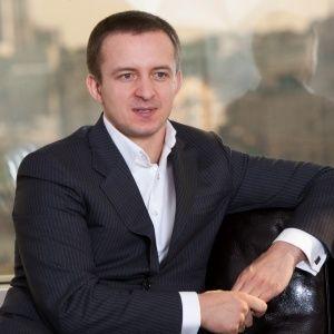 Український олігарх-втікач Гута намагається продати німецьку віллу співвласнику АТБ - DW