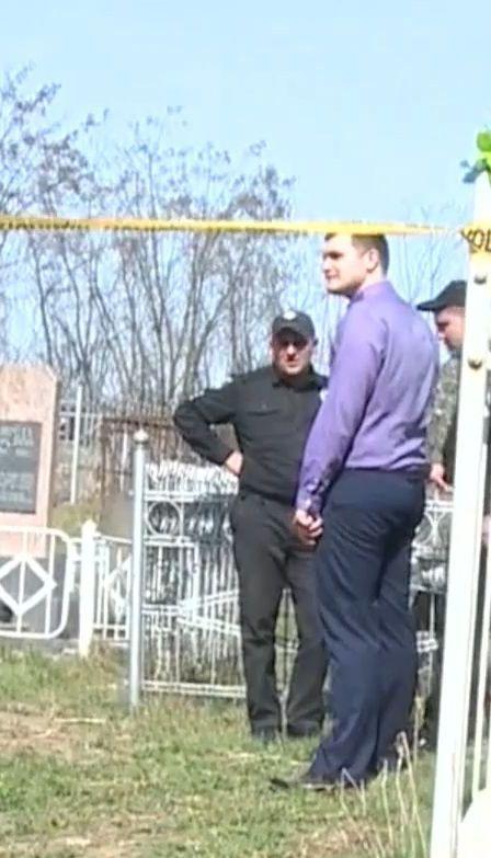В Немирове мародеры раскопали могилы жертв нацистов