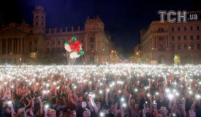 У Будапешті десятки тисяч людей вийшли протестувати проти Орбана