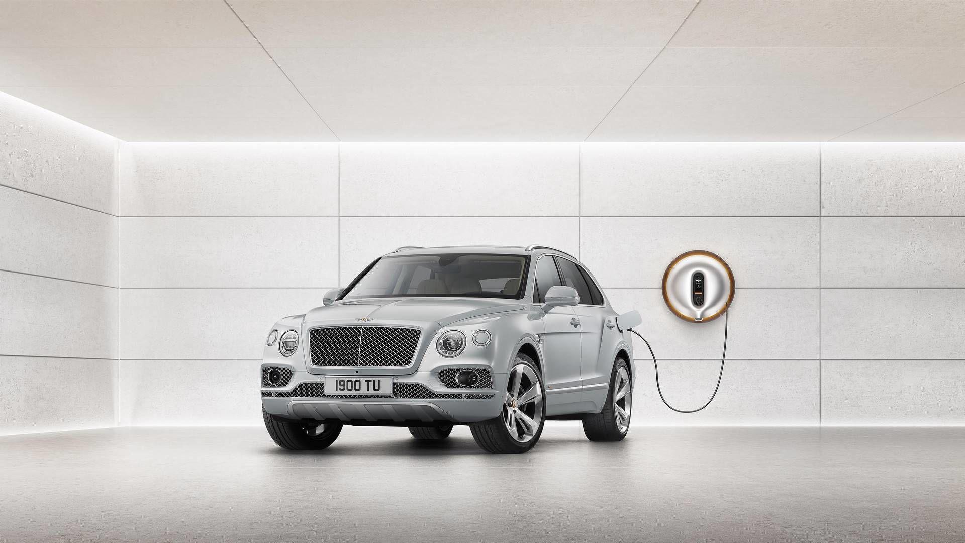 Bentley, зарядний пристрій