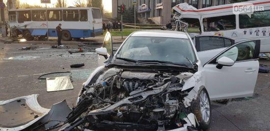 Кривава аварія у Кривому Розі: кількість жертв зросла до восьми