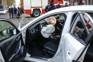 Новые подробности ДТП в Кривом Роге: ТСН показала уникальные кадры допроса водителя Mazda на месте трагедии