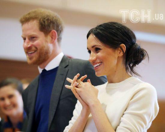 Жених и невеста принц Гарри и Меган Маркл прибыли к Елизавете II на чай перед свадьбой