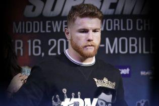 Колишнього чемпіона світу з боксу Альвареса дискваліфікували на півроку