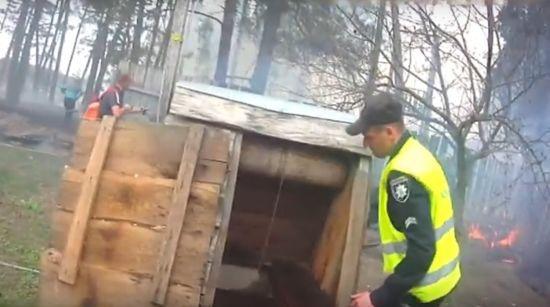 На Сумщині через підпал сухостою ледве не згоріла хата