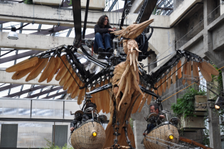 """Стим-панк цапли """"прилетели"""" в французскую галерею механических животных"""