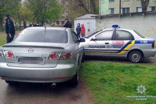 В Запорожье пьяный водитель на пешеходном переходе наехал на людей и устроил гонки с полицией