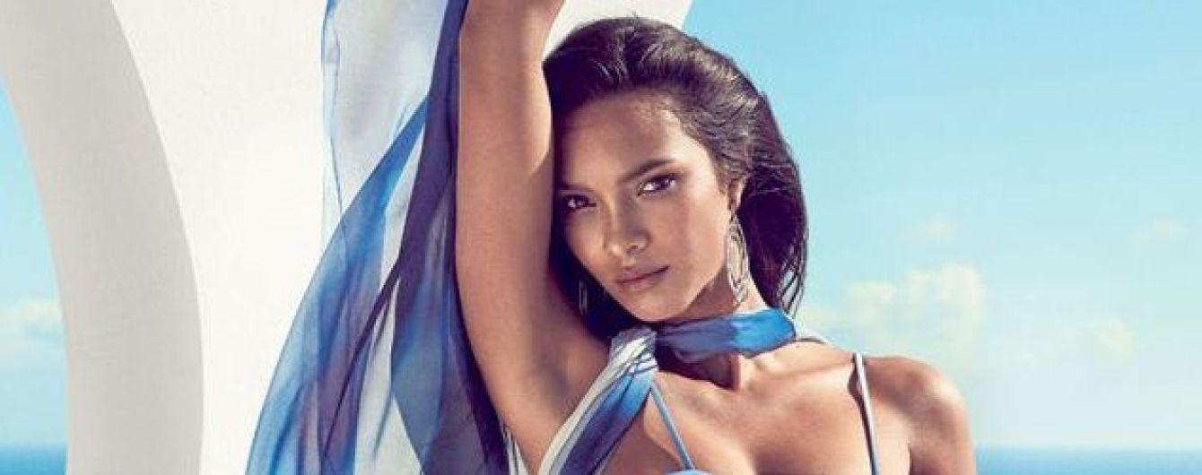 """В купальнике на фоне моря: """"ангел"""" Лаис Рибейро позировала для нового фотосета"""
