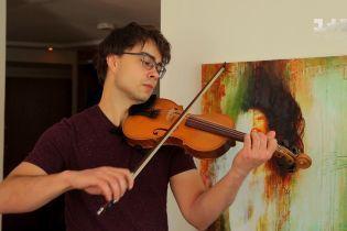Александр Рыбак показал свою квартиру в Осло и рассказал, зачем идет на Евровидение во второй раз
