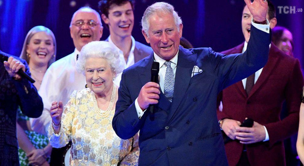 На вечеринке Елизаветы II Стинг, Шэгги, Том Джонс и Кайли Миноуг спели на одной сцене