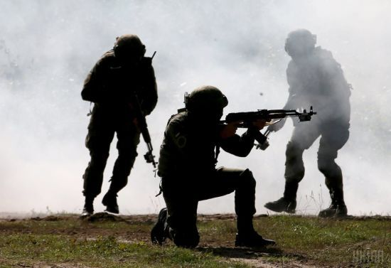 На Луганщині двоє військових самовільно втекли з частини: бойовики заявили про їх затримання