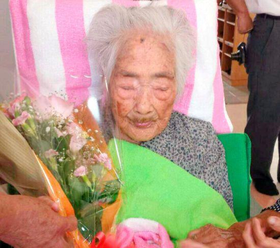 В Японії померла найстаріша в світі людина
