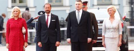 Кронпринцесса Норвегии Метте-Марит затмила своим образом первую леди Латвии