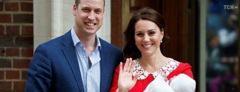 Герцогиня Кембриджская показала новорожденного сына