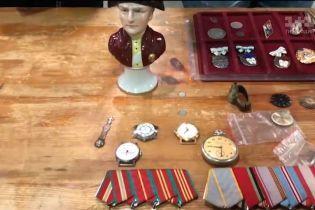"""""""Гроші"""" влаштовують рейд київськими барахолками: чи дійсно серед непотребу можна знайти колекційну річ"""