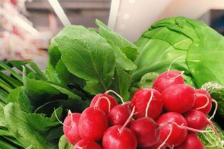 Як обирати перші весняні овочі та зелень
