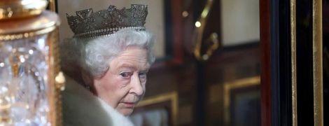 Черга на корону: всі престолонаступники Британії разом з новонародженим принцем в одній інфографіці