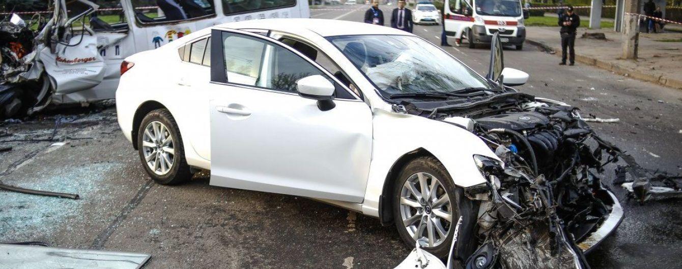 Водій Mazda, який влаштував смертельну аварію у Кривому Розі, помер у СІЗО